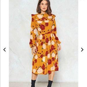 NWT Nasty Gal Floral It Midi Dress